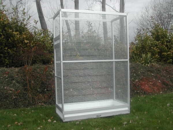 edelstahl zimmervoliere 120x80x180cm b t h eloxier volierenbau r benach. Black Bedroom Furniture Sets. Home Design Ideas